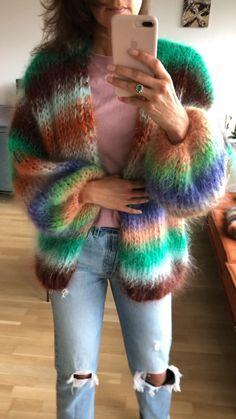 Slow Fashion, Fashion Art, Boho Fashion, Fashion Design, Mohair Sweater, Knit Cardigan, Jumper, Knitting Designs, Knitting Patterns
