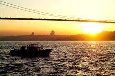 İstanbul'dan günaydın…  İstanbul'da bugün 26°/20° derece parçalı bulutlu bir hava hakim olacak. Şehirde iyi bir gün geçirmeniz dileğiyle…  ... Goodmorning from Istanbul…  Today Istanbul will be 26°/20° partly cloudy. Hope you'll have a nice day in the city…