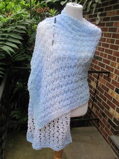Ariel Lace Blue and White Knit Shawl by PoppyLesti on Etsy, $70.00