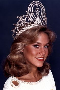 Shawn Weatherly, Miss South Carolina--who would win Miss USA and then go on to win Miss Universe shortly thereafter in 1980!