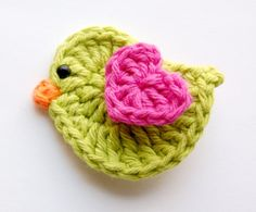 Baby Hair Clip - Crochet Hair Clip - Bird Hair Clip - Bright Green and Pink Crochet Bird Hair Clipcute ideas for add ons to hats(no Patt)fat birdie with heart wingthis hair clip would be so cute on my little bella boo.Cute as a little girls hairclip Crochet Birds, Love Crochet, Crochet Animals, Crochet Crafts, Yarn Crafts, Crochet Flowers, Crochet Projects, Beautiful Crochet, Appliques Au Crochet