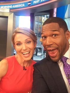 Amy Robach and Michael Strahan start the morning off with a selfie. Good Morning America!