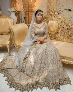 Bridal Mehndi Dresses, Walima Dress, Bridal Hijab, Indian Bridal Outfits, Bridal Dress Design, Pakistani Bridal Dresses, Pakistani Wedding Dresses, Bridal Lehenga, Pakistani Clothing