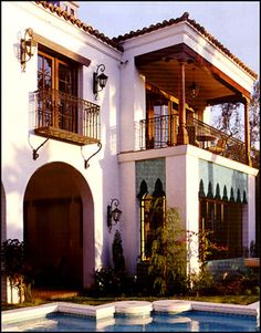Spanish Style - 2 story home, master bedroom with balcony Note: bottom porch enclosure arches could be tiled. Spanish Architecture, Colonial Architecture, Architecture Design, Spanish Colonial Homes, Spanish Style Homes, Spanish Revival, Mexican Style Homes, Style At Home, Spanish House Design