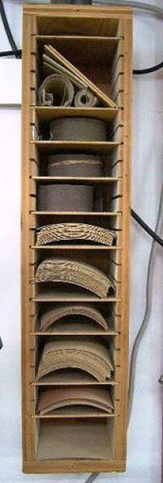 Armoire murale pour papier à poncer - Wall Sandpaper Storage Cabinet