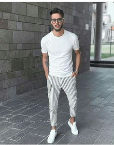 11 Best Mens Fashion Tips To Elevate Your Style - Mens Fashion Wear, Best Mens Fashion, Boy Fashion, Fashion Outfits, Fashion Guide, Fashion Videos, Fashion Fall, Men Summer Fashion, Style Fashion