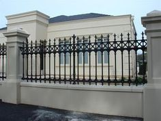 Horizontal Fence Design fence and gates on a budget.Fence And Gates On A Budget. Front Yard Fence, Front Gates, Farm Fence, Fence Gate, Fenced In Yard, Gabion Fence, Low Fence, Horse Fence, Fence Planters
