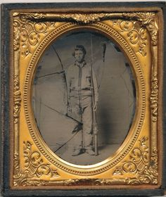 Confederate soldier ambrotype showing a common style of battle shirt.