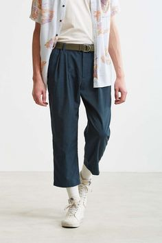 UO Asher Relaxed Cropped Dress Pant - Urban Outfitters