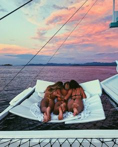 "2,976 Likes, 30 Comments - ~ TORI ~ (@torilevett) on Instagram: ""What friends are for ✨ @karinaannehunt @hannah_perera @lepiratebeachclub"""