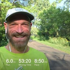 Started slow and hit all the lights getting to the Walker. Then settled into a comfortable pace enjoying the weather and stepped it up the last mile. What a great way to pick up my car. A little sweaty but so worth it.  #run #running #workout #togetherwesweat #saintlouispark #mn #minnesota #fall #september #2017 #selfie