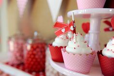 Cute valentine's day cupcakes!