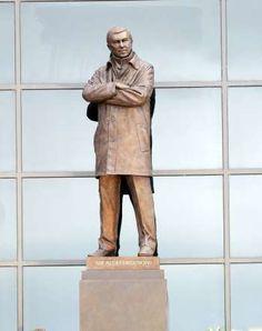 Guess the celebrity statue - McPix Ltd/Rex Features