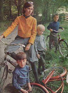 Ladies Home Journal - October, 1964 Fashion Project, Vintage Bicycles, Historical Romance, Love Affair, Photo Shoots, Vintage Children, Magazines, 1960s, Photographs