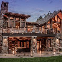 ✔ 52 most popular modern dream house exterior design ideas 49 - Traumhaus Mountain Home Exterior, Modern Mountain Home, Mountain Homes, Rustic Lake Houses, Rustic Houses Exterior, Design Exterior, Modern Rustic Homes, Dream House Interior, Modern House Design