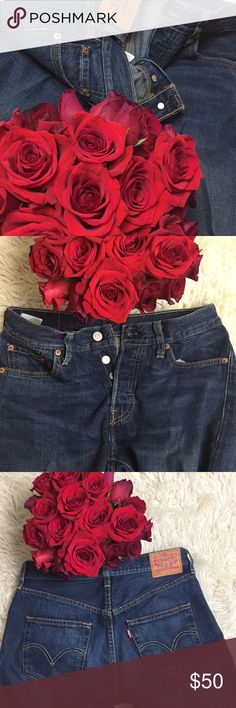 High Low Easy  does it .... Levis Jeans, lower ankle length Levi's Jeans
