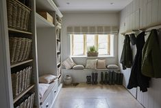 Country style boot room with panelled walled, built in shelving and wicker baskets Elegant Interior Design, Home, Elegant Interiors, Boot Room, Room Makeover, House Interior, Living Spaces, Room, Luxury Interior Design