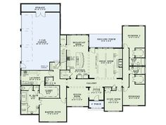 I love the open kitchen, split floor plan, and laundry room off of the master closet.