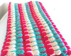 Larksfoot Stitch Crochet Blanket by madebylulupie on Etsy