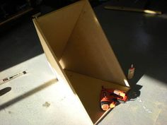 Sand Blaster How To Make Sand, Sandblasting Cabinet, Garage Workshop, Halle, Hobbies, Diy, Home Decor, Booth Design, Cabins