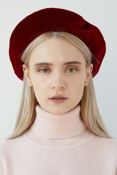 86d6230125f8b Get Short Hair Without A Haircut   French Beret - FashionActivation