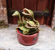 maneating audrey plant 12th scale by georgiamarfels on Etsy https://www.etsy.com/transaction/1112198449