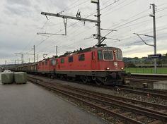 Swiss Railways, Bergen, Times, Pictures, Paths, Zug, Switzerland, Photos, Photo Illustration