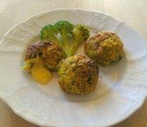 Polpette di broccoletti e salsicce con cuore di provola fondente