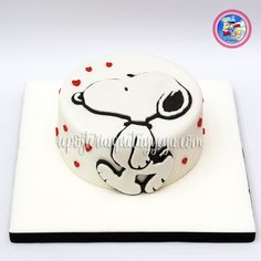 Snoopy Birthday, Snoopy Party, Birthday Cake, Bolo Snoopy, Snoopy Cake, Peanut Cake, Cupcake Cakes, Cupcakes, Family Cake
