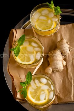 ginger lemonade - antibacterial, antifungal, promotes optimal digestion and cleanses the GI tract. Had the best Ginger Lemonade the other day :) Juice Smoothie, Smoothie Drinks, Juice Drinks, Healthy Drinks, Healthy Eating, Healthy Recipes, Drink Recipes, Healthy Cleanse, Healthy Food