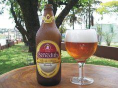 Cerveja Benedith Vila de Minas, estilo Blond Ale, produzida por Benedith, Brasil. 5.5% ABV de álcool.