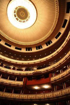 Vienna State Opera House, Austria, photo by Thomas.
