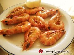 Γαρίδα ένα φρούτο της θάλασσας Fish And Seafood, Shrimp, Recipies, Food And Drink, Menu, Puertas, Recipes, Menu Board Design