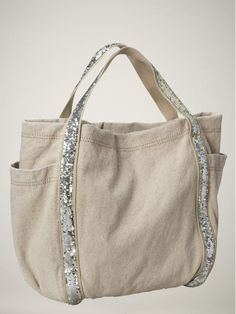 "Saw this on E! News last night as being the ""hottest beach bag of the season"" So easy to make!!"