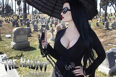 Cheap Women Gothic Style Blouse T Shirt Tops Lace Insert Bell Swing Long Sleeve – Skull Head Gothic Girls, Hot Goth Girls, Punk Girls, Goth Beauty, Dark Beauty, Goth Women, Sexy Women, Estilo Rock, Cosplay Girls