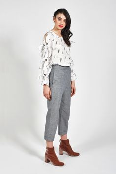 We stock quality on trend clothing and footwear for the fashion focused! Capri Pants, Trending Outfits, Footwear, Stylish, Womens Fashion, Clothes, Collection, Tops, Outfits