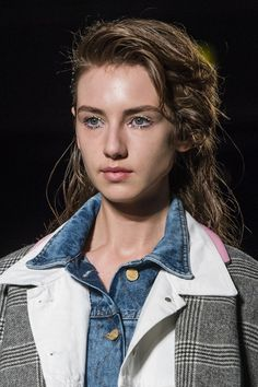 Natasha Zinko, Fall 2018 - The Best Hair And Beauty Details At London Fashion Week - Photos