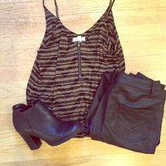 Silence & Noise Tank top with zipper detailing Perfect condition! Worn once. Urban Outfitters Tops Tank Tops