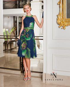 Uno dei miei abiti favoriti di Sonia Peña . Ref  1160113 Abiti Eleganti d65f5dd8bc0
