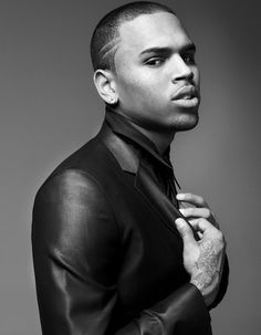 Chris Brown--anyone that beats a woman is NO man at all Girls With Grills, Chris Brown Photoshoot, Chris Brown Wallpaper, Chris Brown Style, Chris Brown Pictures, Mode Man, Just Beautiful Men, Beautiful People, Man Photography