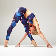 Alloverprints 2017 Design Textile, Web Design, Textiles, Yoga Wear, Strike A Pose, Get The Look, Sportswear, Poses