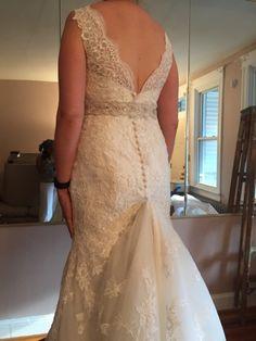 bustling a chapel train Wedding Gown Bustle, Wedding Gowns, Lace Wedding, Chapel Train, Bubble, Google Search, Fashion, Moda, Bridal Dresses