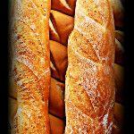 Panes saliendo del horno, feliz día