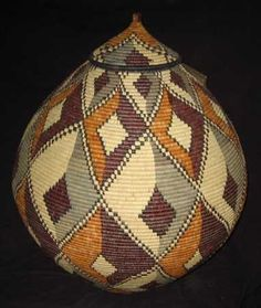 """Museum Quality Zulu Art Basket - This basket is 64"""" around at its widest point, 24"""" tall with a 21"""" diameter.   Certificate of Authenticity with Weaver's Name."""