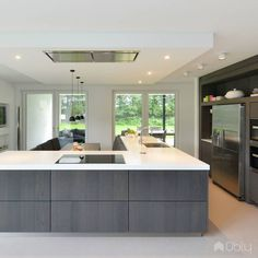 Kitchen Remodeling: Why You Should Also Change Your Décor - Kitchen Remodel Ideas Kitchen Dinning Room, Kitchen Room Design, Luxury Kitchen Design, Luxury Kitchens, Interior Design Kitchen, Home Kitchens, Kitchen Decor, Modern Kitchen Cabinets, Kitchen Units