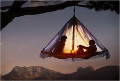 Dwell in the vertical with the Hanging Tent. Black Diamond Cliff Cabana Double Portaledge. #outdoors