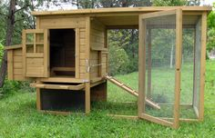 Deluxe Covered Rabbit Hutch with Run