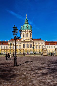 Berlin - Schloss Charlottenburg Places Ive Been, Places To Visit, Germany Castles, Berlin Germany, Around The Worlds, Europe, Mansions, Palaces, Architecture