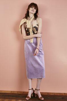 ronherman4_2 swimwear ¥22,000 cardigan ¥52,000 skirt ¥49,000 bangle ¥95,000