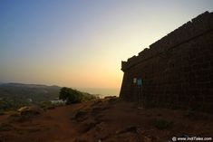 Chapora Fort wall, sea in the background